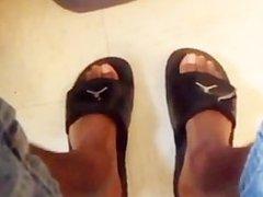 Feet! Feet! vidz Feet!