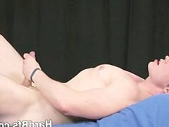 Naked guy vidz getting naughty  super on bed