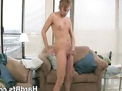 Blonde guy vidz makes his  super cock so hard