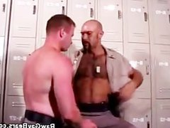 Cops in vidz the Locker  super Room