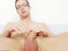 Solo gay vidz Rick cums  super on his nylon tights