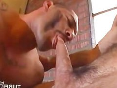 Muscle guy vidz getting fucked