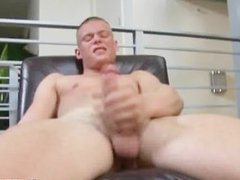 Horny blonde vidz from campus  super removes all of his clothes