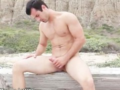 Gay pornstar vidz gets to  super grips with his erection when outdoors