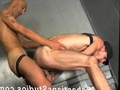 hot hung vidz older skinhead  super sucks,gets sucked,rims & breeds younger hung hunk