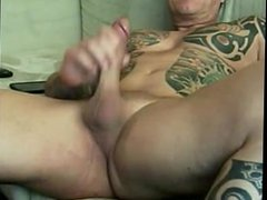 Tattooed Straight vidz 40-Something Muscle  super Man Jerk off with Rare Cumshot