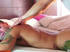 A sport vidz guy very  super long dick get massaged and get wanked by a keumgay guy