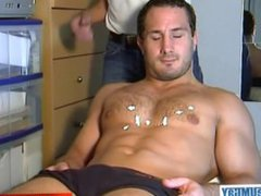 French straight vidz hunk get  super wanked his huge cock by a gay guy !