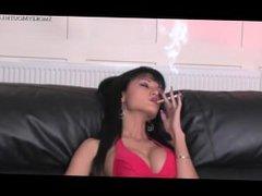Sexy Latina vidz Smoking and  super Masturbating