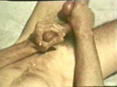 Gay Peepshow vidz Loops 334  super 70's and 80's - Scene 3