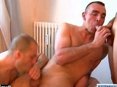 2 handsome vidz sport guys  super with huge cock geting to suck our assistant !