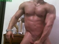 Latin Bodybuilder vidz Cucumber &  super Cum Show