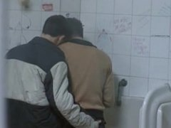Two Hot vidz Guys Met  super At A Public Toilet And...