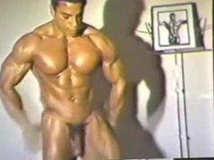 Mr. MuscleMan vidz - Chris  super Dickerson [1982 Mr. Olympia]