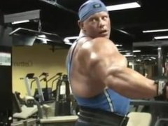 huge bodybuilder vidz worship workout