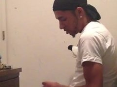 Guy barely vidz keeps standing  super while cumming