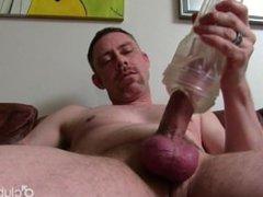 Sexy Straight vidz Daddy Tucker  super Masturbating