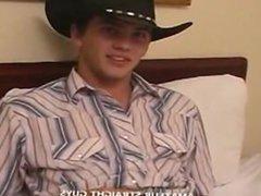 amatuer straight vidz guy..str8 cowboy  super suk debut