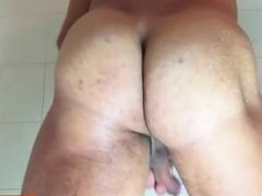 huge cock vidz Xposed: Athletic  super guy taking a shower !