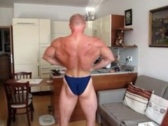 Ripped Muscle vidz Posing
