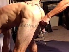 Crushing bodybuilder's vidz balls in  super my vise.