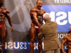 MUSCLEDADS: Results vidz - Masters  super Over 40 - NABBA Universe 2014