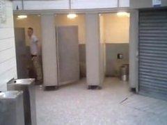 spycam in vidz public washroom