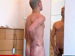 Nude for vidz money: Julien  super get wanke dhis big dick by us in spite of him !