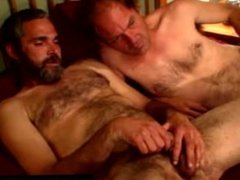 Straight dilf vidz matures masturbating