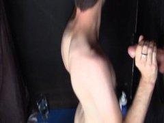 Aussie Guy vidz Small Dick