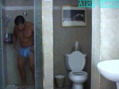 Verbal Italian vidz Bodybuilder Shower  super & Cum in Reverse