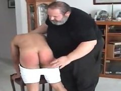 Daddy Howard vidz Spanks Fernando