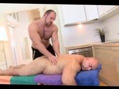Muscle Bear vidz Massage