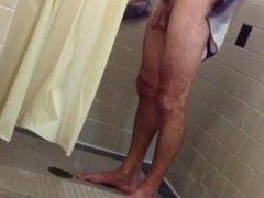Spying gym vidz showers