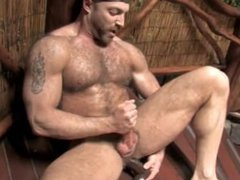 hairy men vidz takes a  super shower + used his dildo