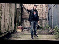 German Youtuber vidz getting destroyed  super by German Rapper