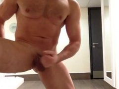 Gym Muscle vidz Daddy Jerks  super Off in Locker Room