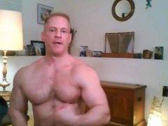 Hot Blond vidz Muscle Daddy