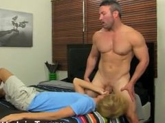 Euro young vidz boys gay  super porn Beefy Brock Landon might be straight, but when