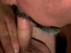 Chubby Guy vidz Blows Stocky  super Dude And Gets Facial