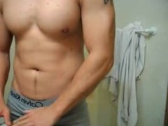Gorgeous Muscle vidz Hunk Plays  super in his calvins then covers them in cum