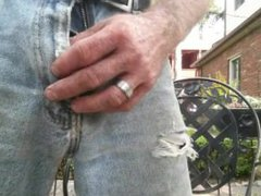Manthroat pisses vidz his Levis  super with a hard on outside