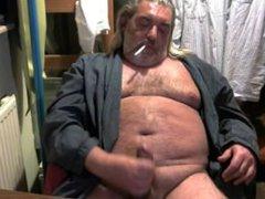 smoking and vidz jerking