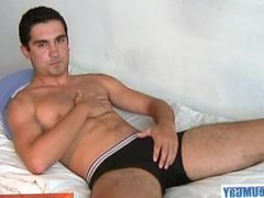 Next door vidz guy gets  super wanked his big cock by a guy!