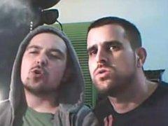 Smoking and vidz Kissing -  super 4 min