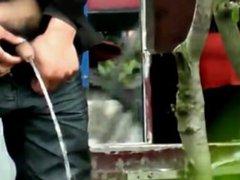 chinese guys vidz pissing outdoors