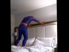 Spiderman on vidz hotel bed