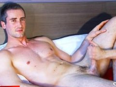 A nice vidz innocent str8  super guy serviced his big cock by a guy in spite of him!