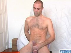 A nice vidz innocent sport  super guy serviced his big cock by a guy in spite of him!