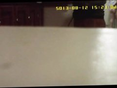 hung fit vidz guy in  super gym hidden camera